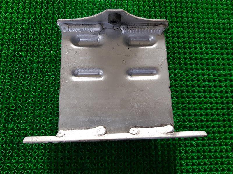 Крепление жесткости бампера Lexus Lexus Ls460 USF40 1URFSE 2008 переднее правое (б/у)