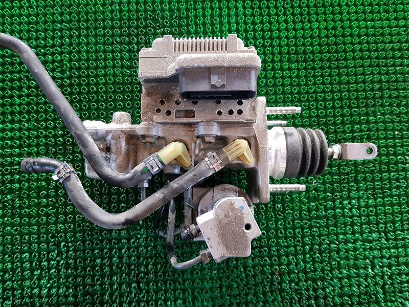 Цилиндр главный тормозной Lexus Hs250H ANF10 2AZFXE 2010 (б/у)