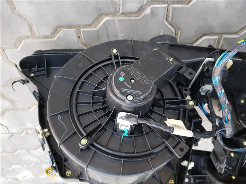 Мотор печки Dodge Challenger EGG 2016 (б/у)