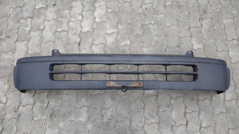 Бампер Toyota Hiace KZH100 3L 1996 передний (б/у)