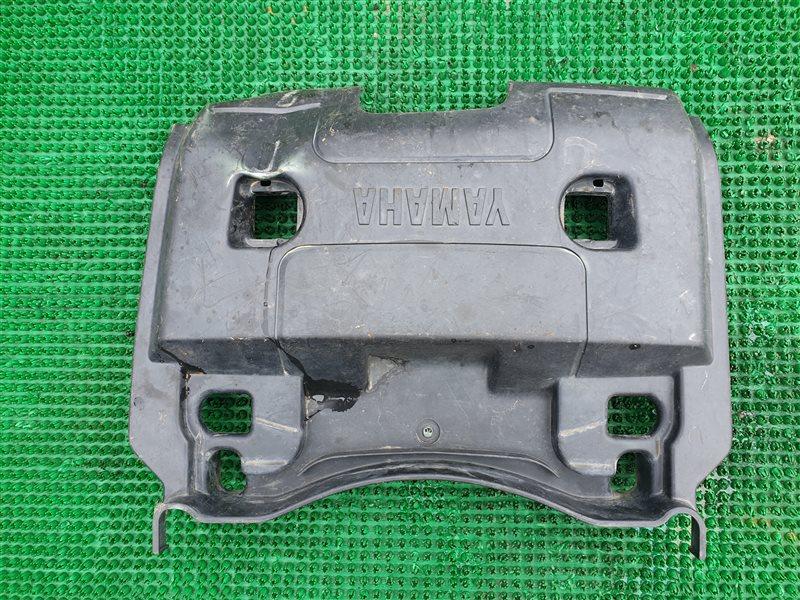 Панель пластиковая Yamaha Yfm660 YFM660 660 2008 задний (б/у)