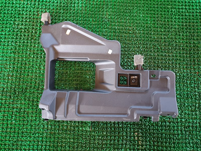 Пластик салона Toyota Rav4 ASA42 1ADFTV 2014 (б/у)