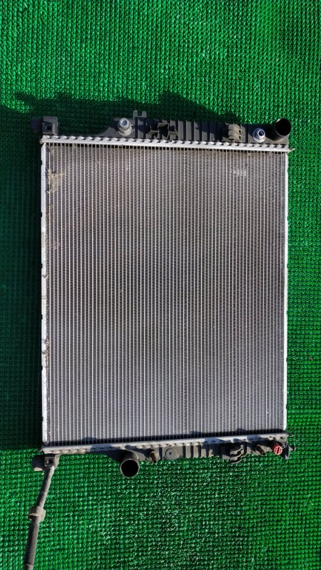 Радиатор двигателя Mercedes-Benz M-Class W164 M272 E35 2008 (б/у)