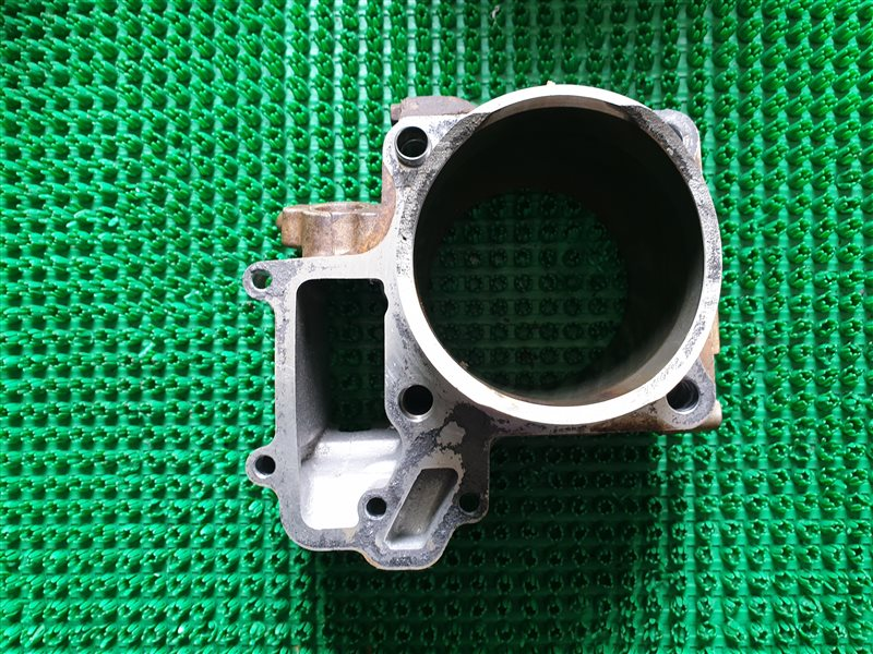 Цилиндр двигателя Kawasaki Brute Force 750 KVF750 750 2012 (б/у)
