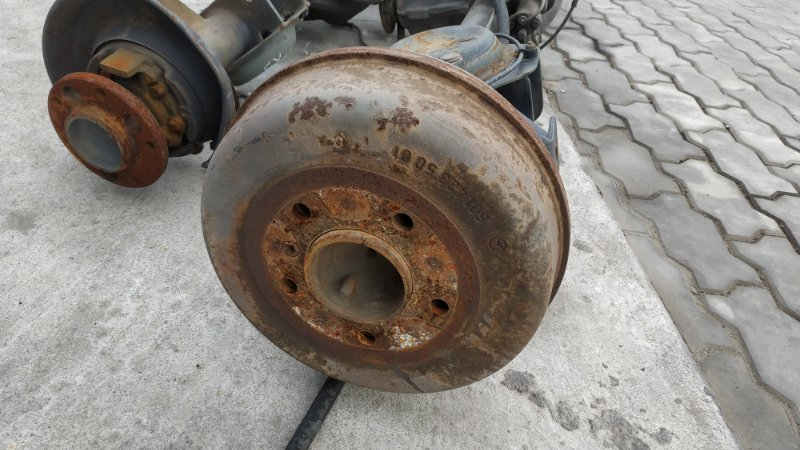 Тормозной барабан Mercedes-Benz G-Class W463 M104 1998 задний (б/у)