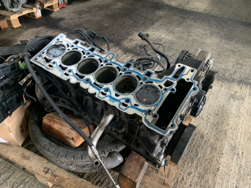 Блок цилиндров Bmw X5 E70 N52B30 2010 (б/у)