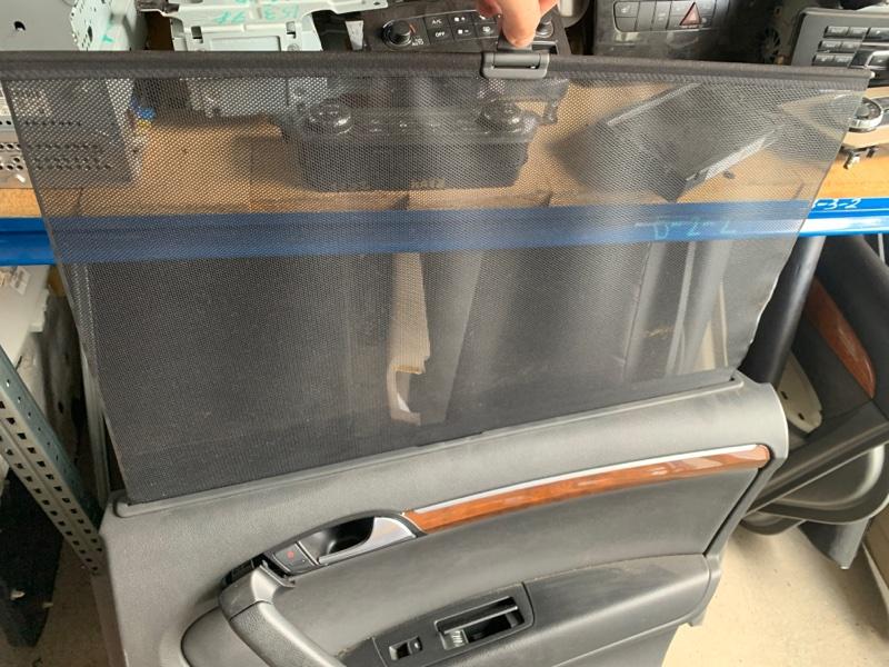 Шторка стекла Audi Q7 4L BAR 2008 задняя правая (б/у)