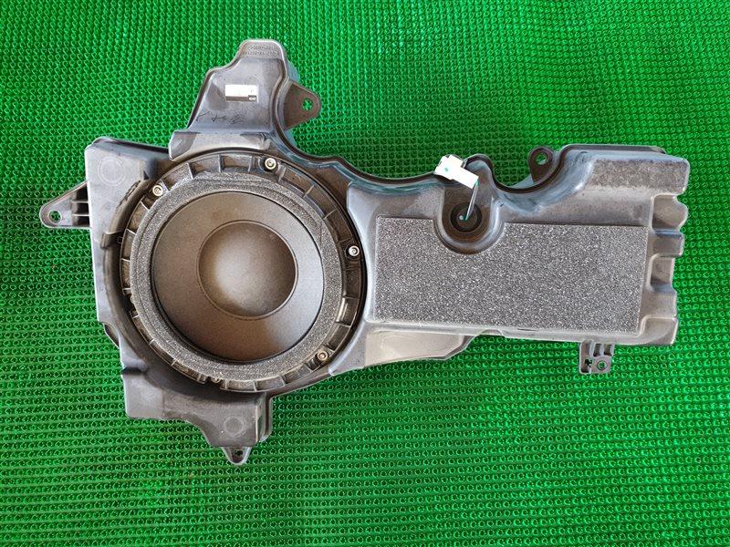 Сабвуфер Lexus Lx570 URJ201 3URFE 2009 (б/у)