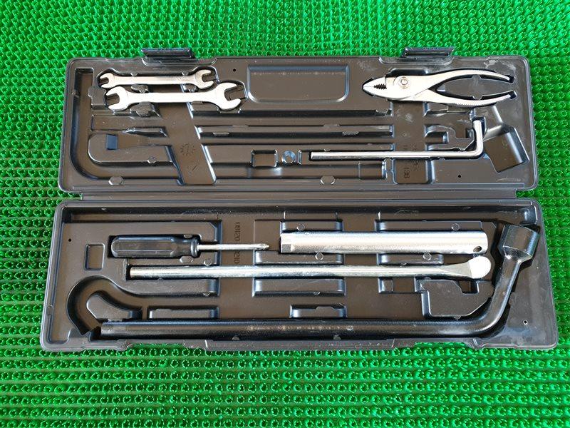 Набор инструментов Lexus Lx570 URJ201 3URFE 2009 (б/у)