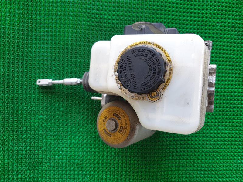 Цилиндр главный тормозной Lexus Lx570 URJ201 3URFE 2009 (б/у)
