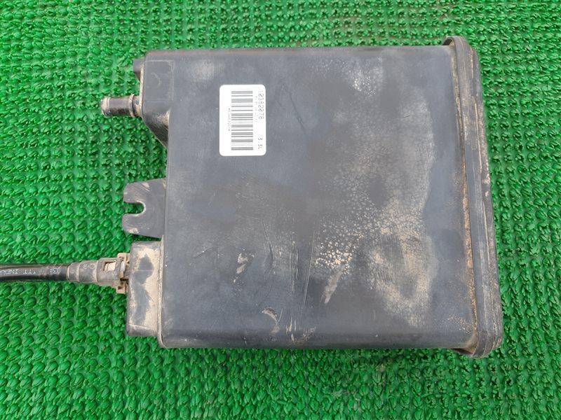 Фильтр паров топлива Cadillac Escalade GMT900 L92 2008 (б/у)