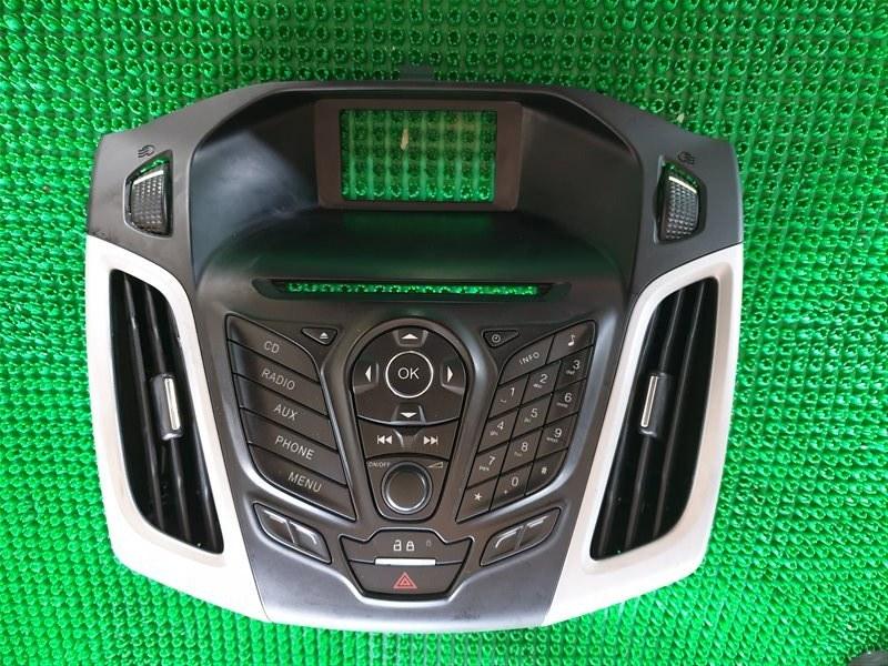 Рамка магнитафона Ford Focus BK XQDA 2013 (б/у)