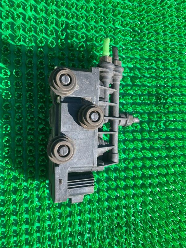 Блок клапанов подвески Land Rover Range Rover Sport L320 448PN 2007 (б/у)
