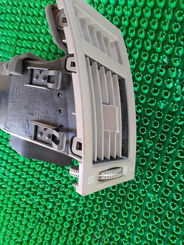 Дефлектор воздушный Infiniti Fx35 S50 VQ35DE 2005 правый (б/у)