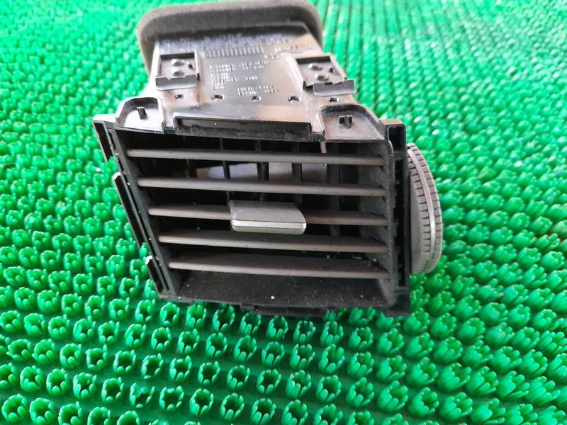 Дефлектор воздушный Infiniti Fx35 S50 VQ35DE 2005 (б/у)