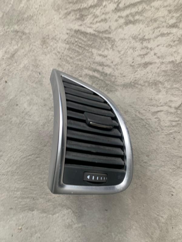 Дефлектор воздушный Audi Q7 4L BAR 2007 правый (б/у)