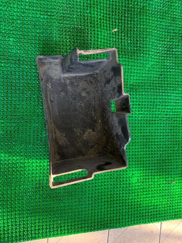 Подставка аккумулятора Mitsubishi Pajero V93W 6G72 2007 (б/у)