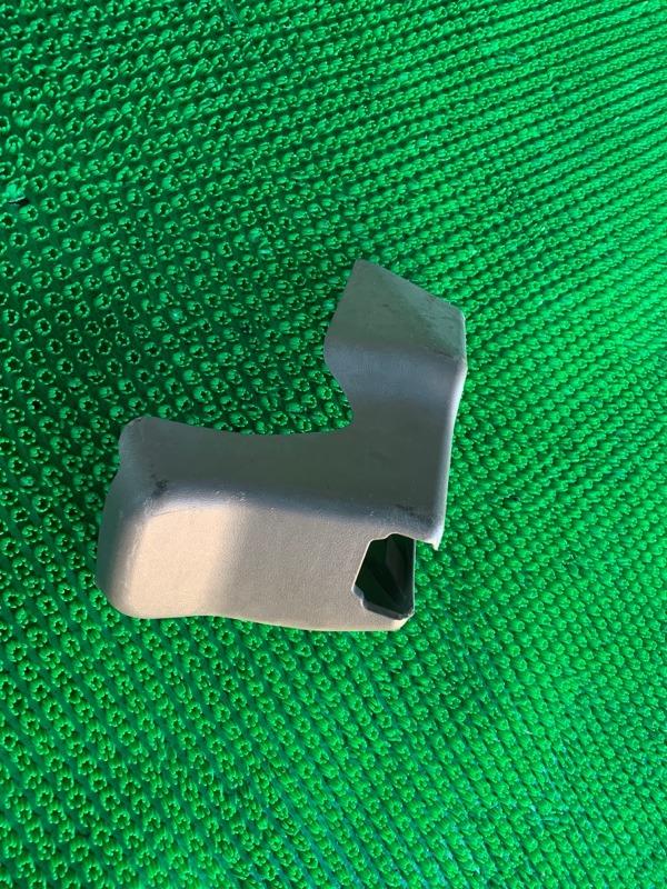 Крышка петли сиденья Lexus Gx460 URJ150 1URFE 2010 (б/у)