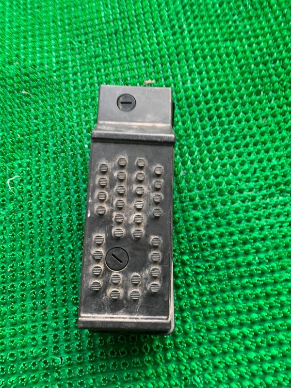 Подставка под ногу Infiniti Fx35 S50 VQ35DE (б/у)