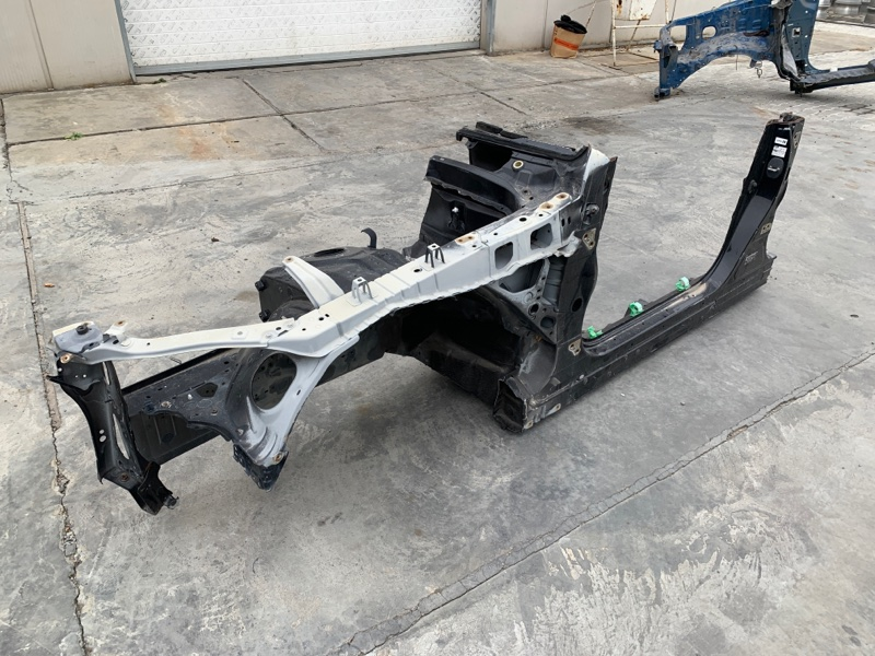 Лонжерон Lexus Ls460 USF40 2URFSE передний левый (б/у)