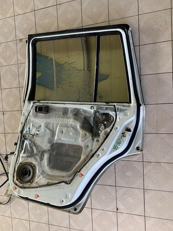Уплотнитель двери Nissan Safari WRGY61 TD42T 1997 задний правый (б/у)