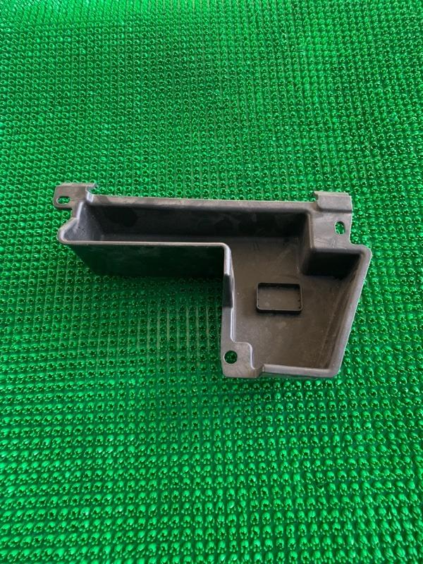 Ящик для инструментов Bmw X5 E70 N62B48 2007 (б/у)