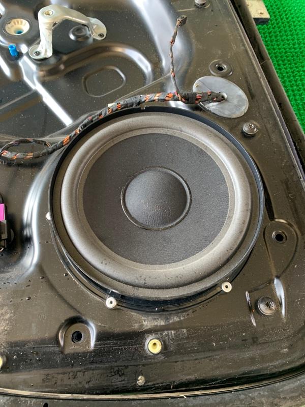Динамик Volkswagen Touareg 7LA BAR 2002 задний (б/у)