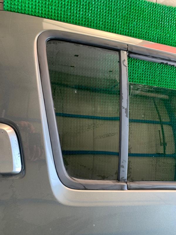 Форточка двери Nissan Pathfinder R51 VQ40DE 2006 задняя правая (б/у)