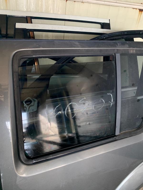 Стекло двери Nissan Pathfinder R51 VQ40DE 2006 заднее левое (б/у)