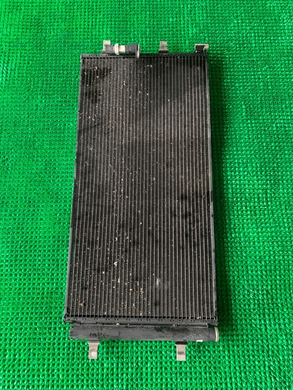 Радиатор кондиционера Audi Q5 8R CAGA 2009 (б/у)