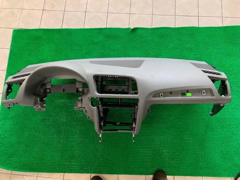 Торпедо Audi Q5 8R CAGA 2009 (б/у)