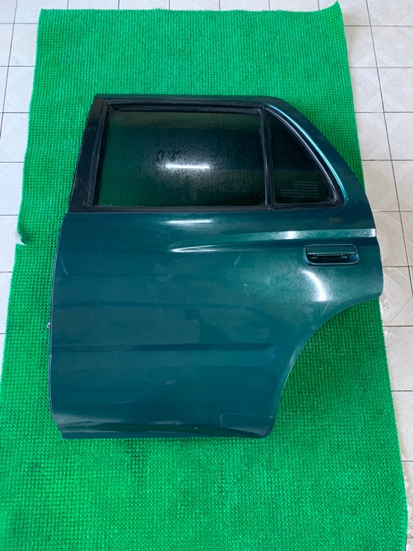 Дверь Toyota Hilux Surf VZN185 5VZFE 1997 задняя левая (б/у)