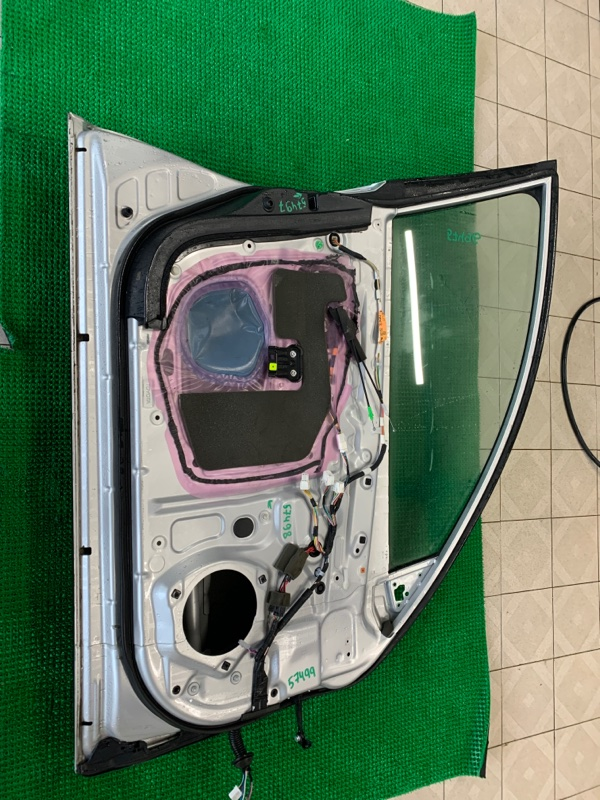 Уплотнитель двери Lexus Gs GRS190 3GRFSE 2007 передний левый (б/у)