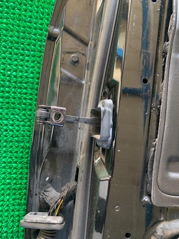 Ограничитель двери Land Rover Range Rover L322 448PN 2003 передний правый (б/у)