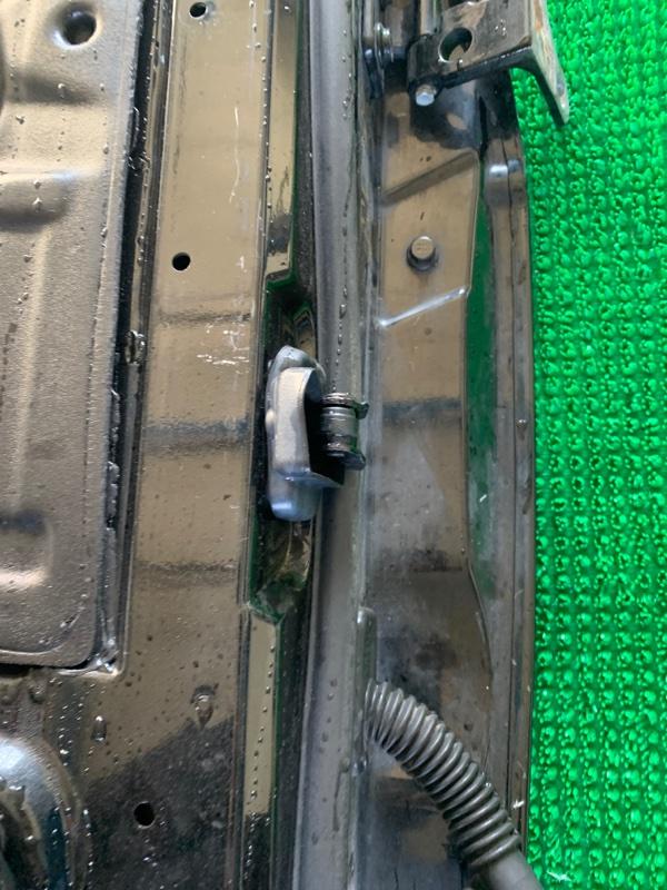 Ограничитель двери Land Rover Range Rover L322 448PN 2003 передний левый (б/у)