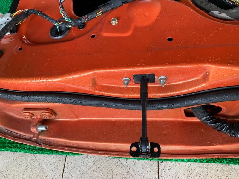 Ограничитель двери Land Rover Range Rover Sport L320 448PN 2005 передний правый (б/у)