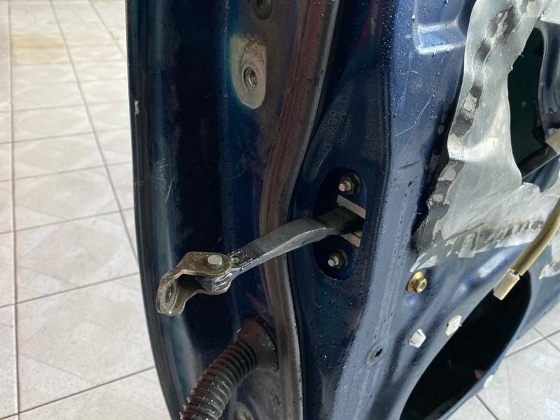 Ограничитель двери Toyota Tacoma GRN245 1GRFE 2005 передний правый (б/у)