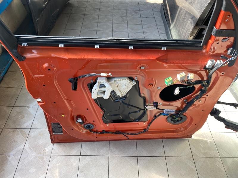 Стекло двери Land Rover Range Rover Sport L320 448PN 2005 переднее левое (б/у)