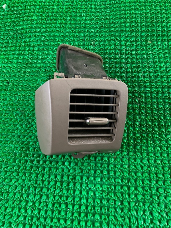 Дефлектор воздушный Lexus Gx470 UZJ120 2UZFE 2003 левый (б/у)