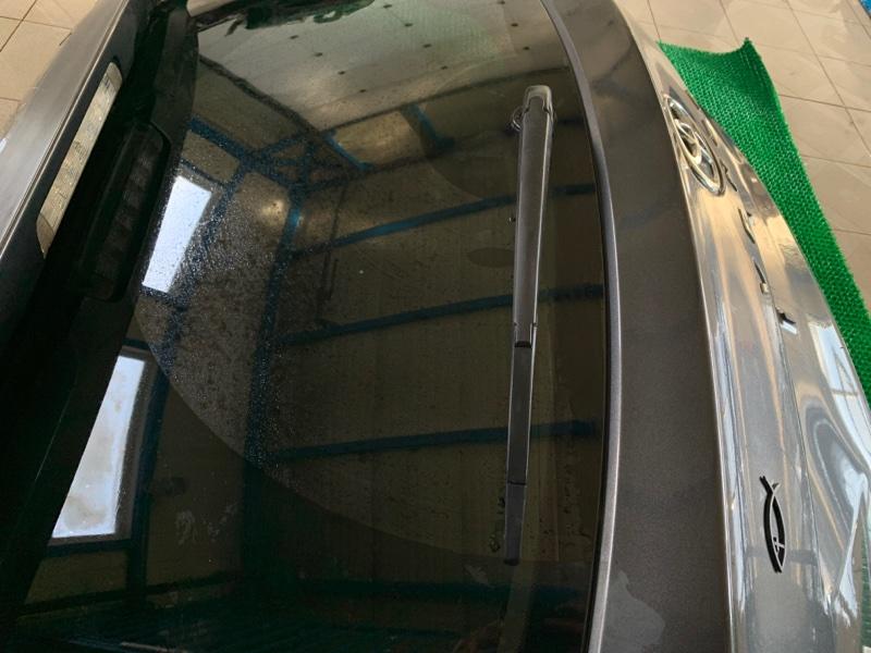 Дворник двери багажника Toyota Venza GGV15 2GRFE 2010 (б/у)