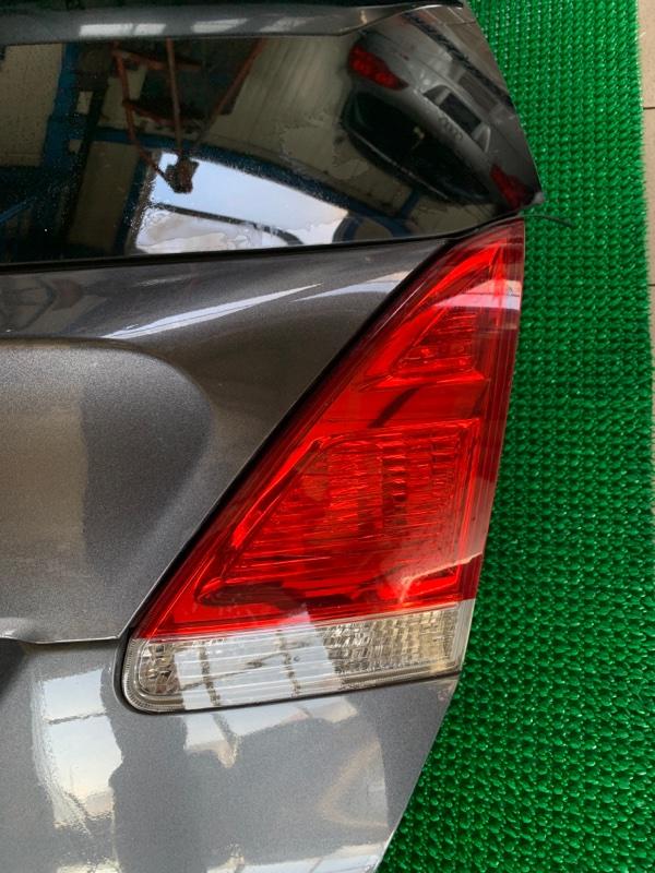 Стоп-сигнал Toyota Venza GGV15 2GRFE 2010 правый (б/у)