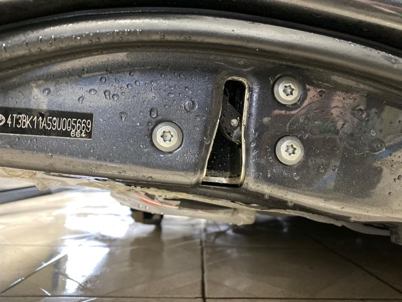 Замок двери Toyota Venza GGV15 2GRFE 2010 передний правый (б/у)
