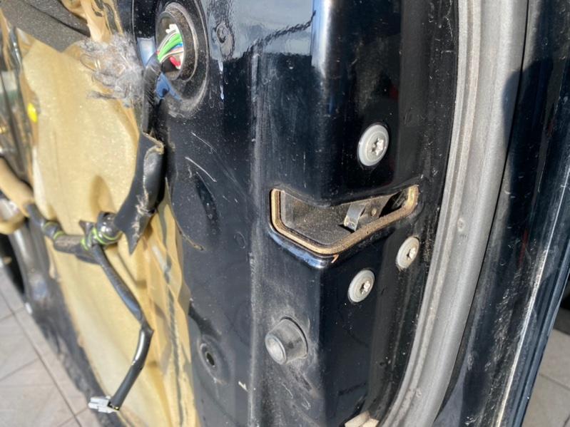 Замок двери Lexus Gx470 UZJ120 2UZFE 2003 передний правый (б/у)