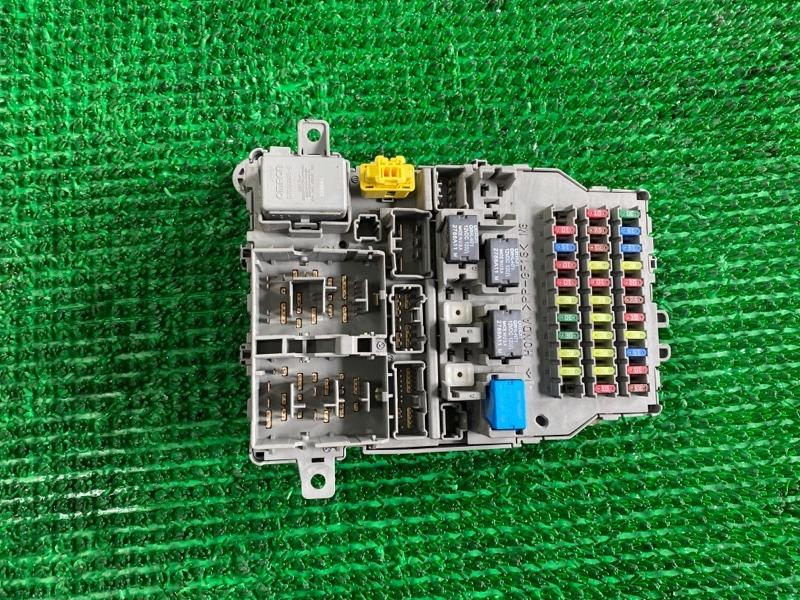 Блок предохранителей Acura Mdx YD2 J37A 2006 (б/у)