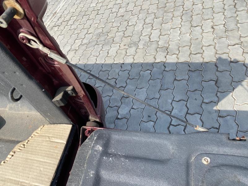Ограничитель двери багажника Dodge Ram DJ EKG 2011 правый (б/у)
