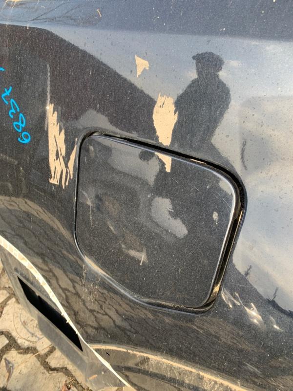 Лючок топливного бака Mitsubishi Pajero V83W 4M41 2008 (б/у)