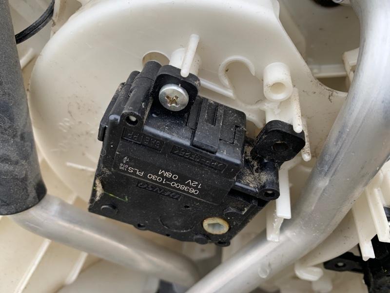 Сервопривод заслонок печки Lexus Lx570 URJ202 3URFE 2008 (б/у)