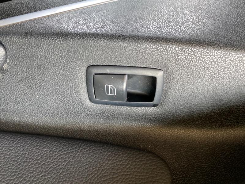 Пульт стеклоподъемника Mercedes-Benz M-Class W164 M272E35 2006 передний правый (б/у)