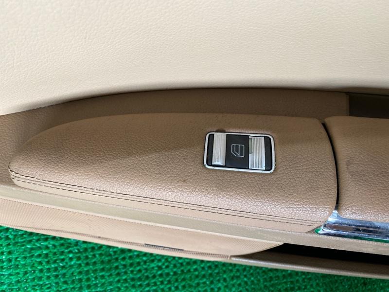 Пульт стеклоподъемника Mercedes-Benz S-Class W221 M273E46 2007 передний правый (б/у)
