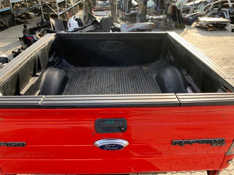 Коврик багажника Ford F-150 6.2 OHC 2012 задний (б/у)